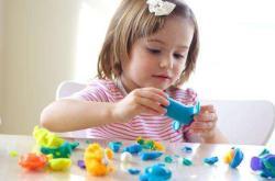 人工喂養的寶寶應該注意什么呢?這3個問題是關鍵,寶媽趕緊學會