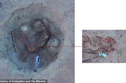 古埃及女子分娩时难产去世 3700年后胎儿遗骸还在她身体中